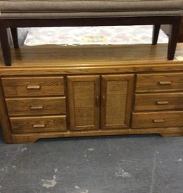6 drawer , 2door dresser oak