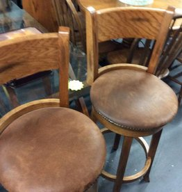 Pr barstools oak and micro with Tac front