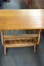 Magazine rack end table oak
