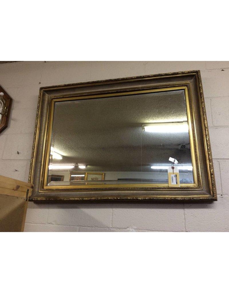Hanging mirror gold