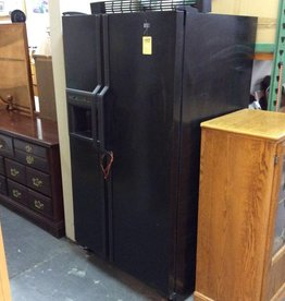 Side by side fridge black amana