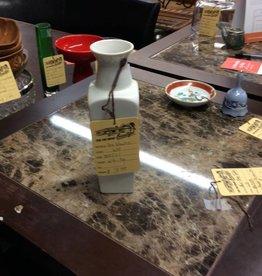 Small vase white