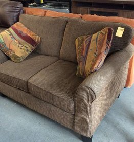 Love seat brown tweed