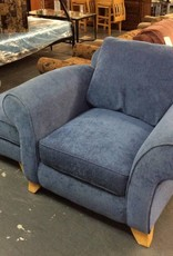 Oversized chair w/ Otto / blue
