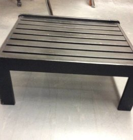 Slotted end table black