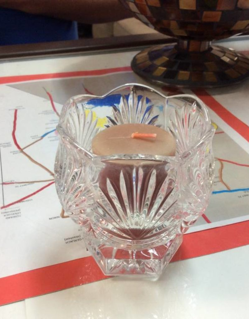 Crystal candle holder with candle