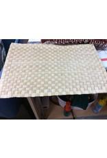 Set of 8 place mats checkered