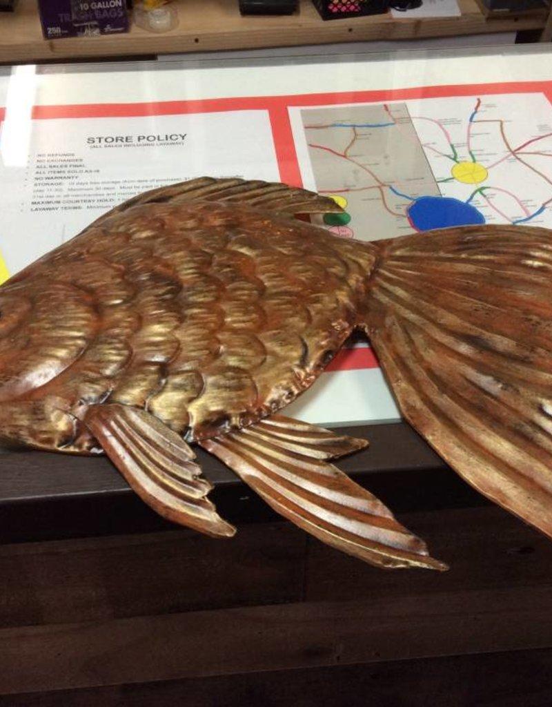 Metal fish