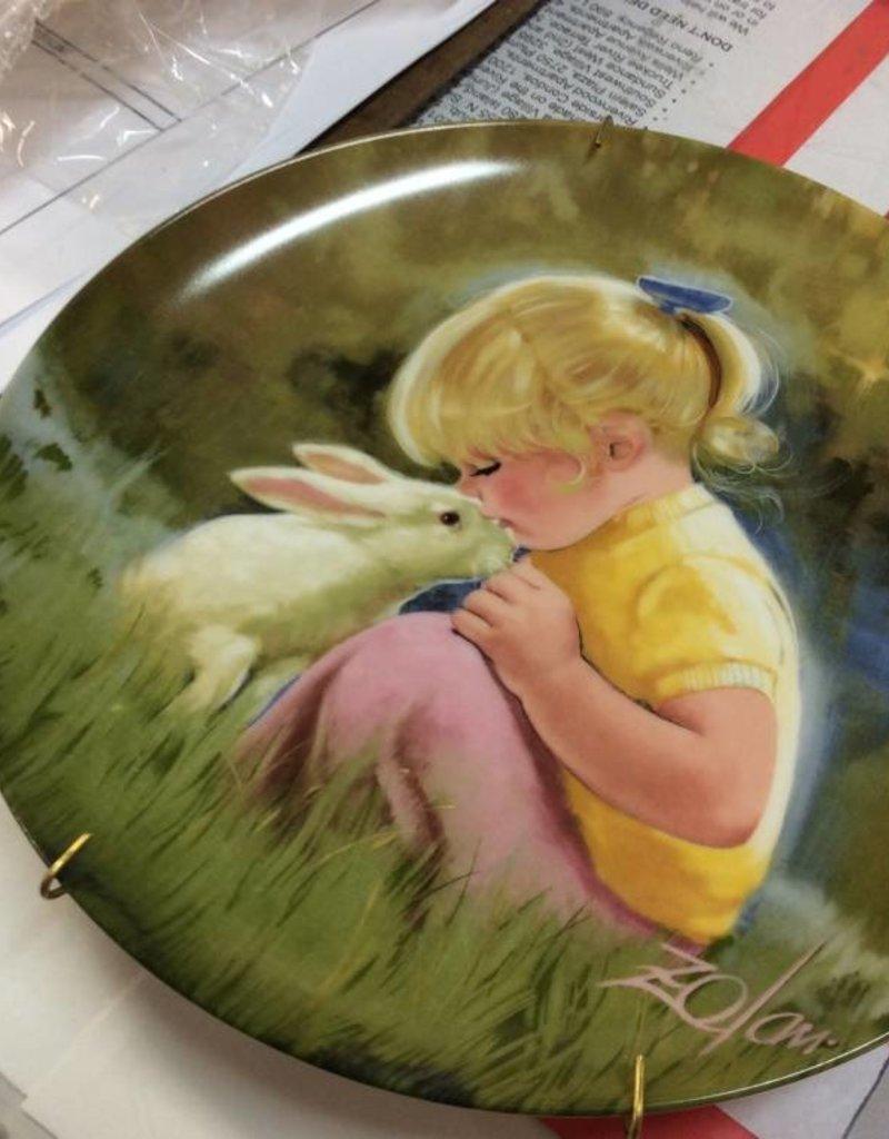 Decor plate girl and bunny