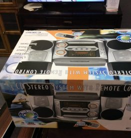 3 cd stereo system with remote control and bass boost sound