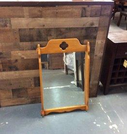 Medium mirror maple