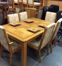 7 piece dinette / oak w padded chairs, 2 leafs