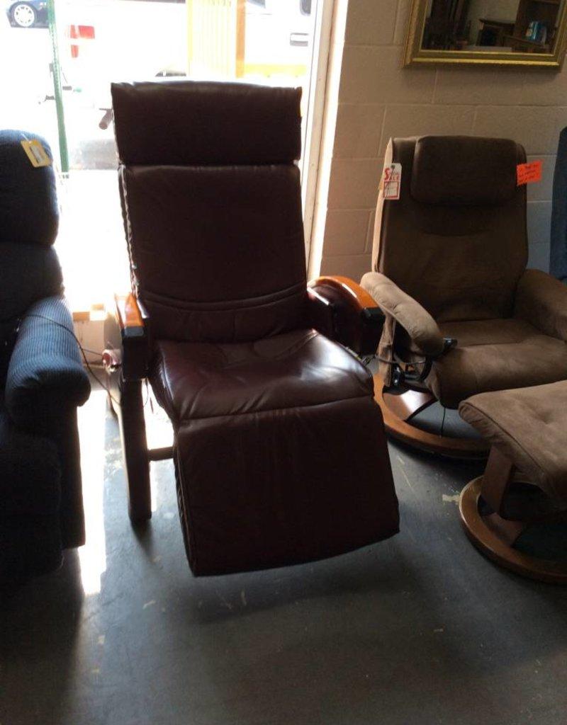 Massage chair / purple