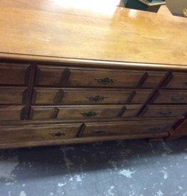 11 drawer dresser maple