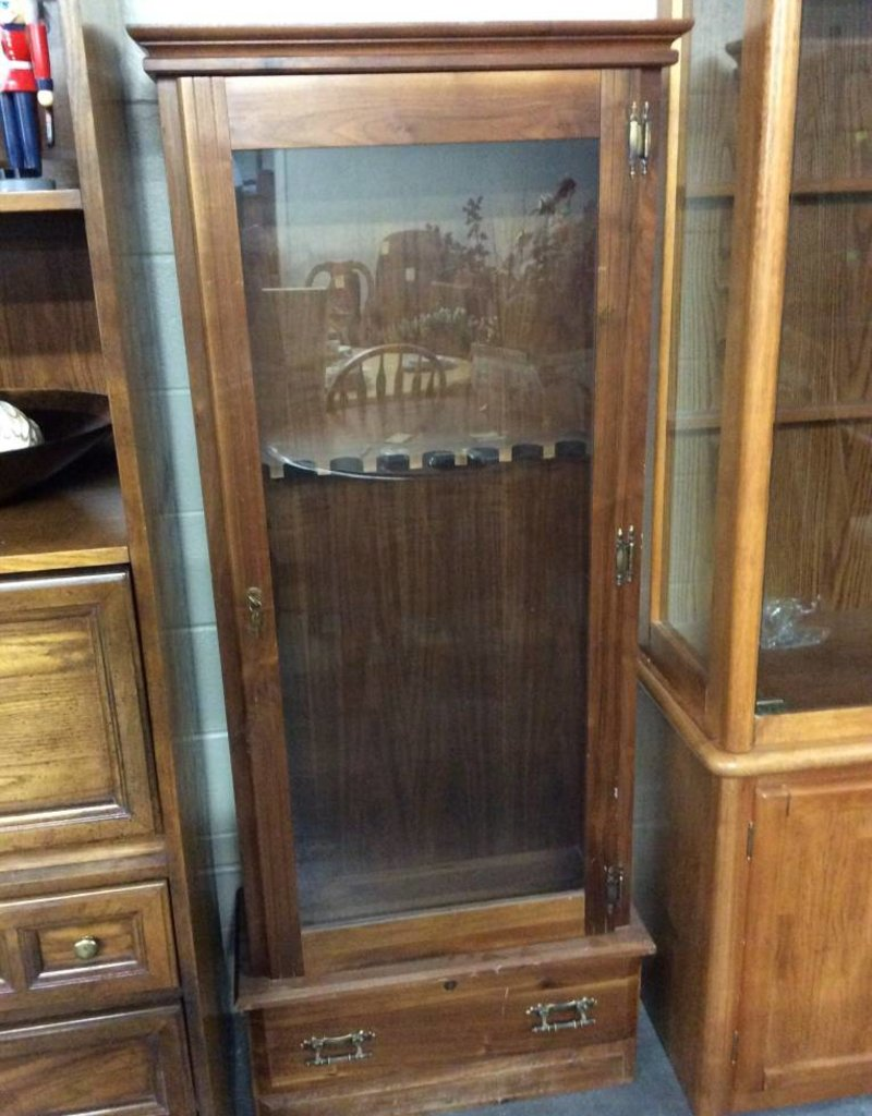 Gun cabinet maple and glass