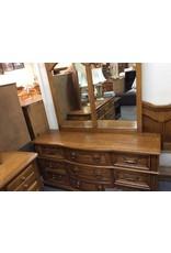 9 drawer dresser w/mirror oak