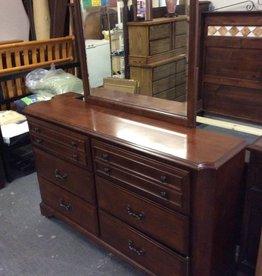 6 drawer dresser / cherry w mirror