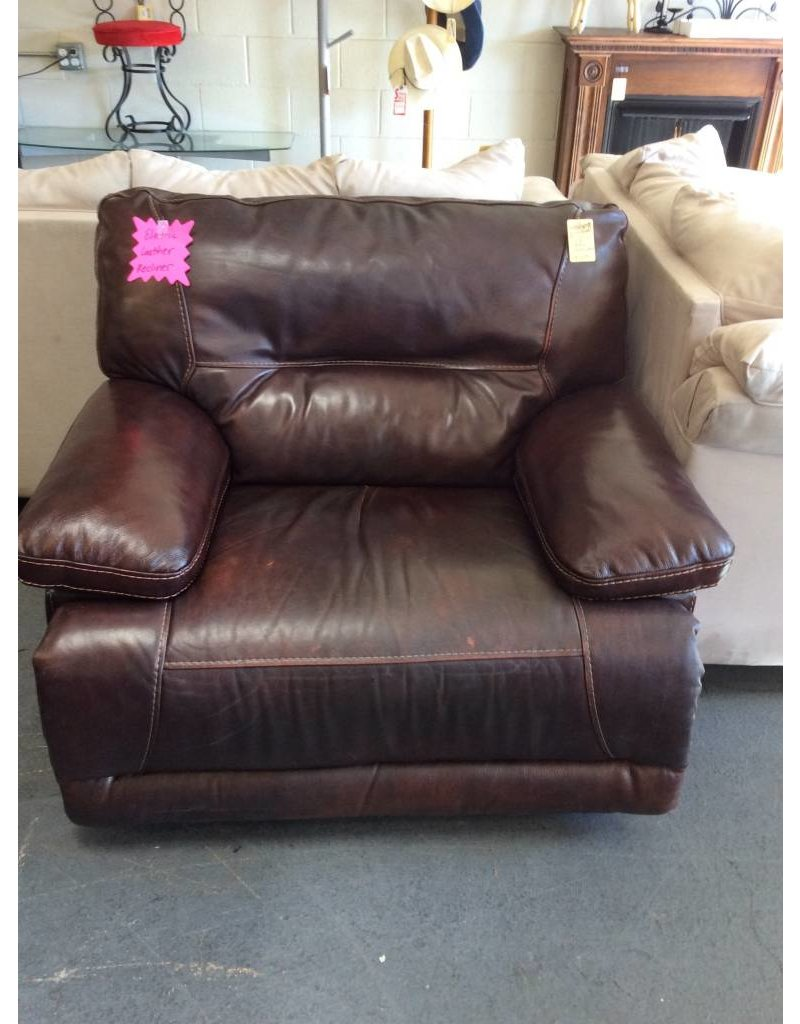 Electric recliner / brown leather