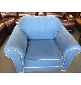 Arm chair blue & white