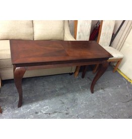 Sofa table / cherry