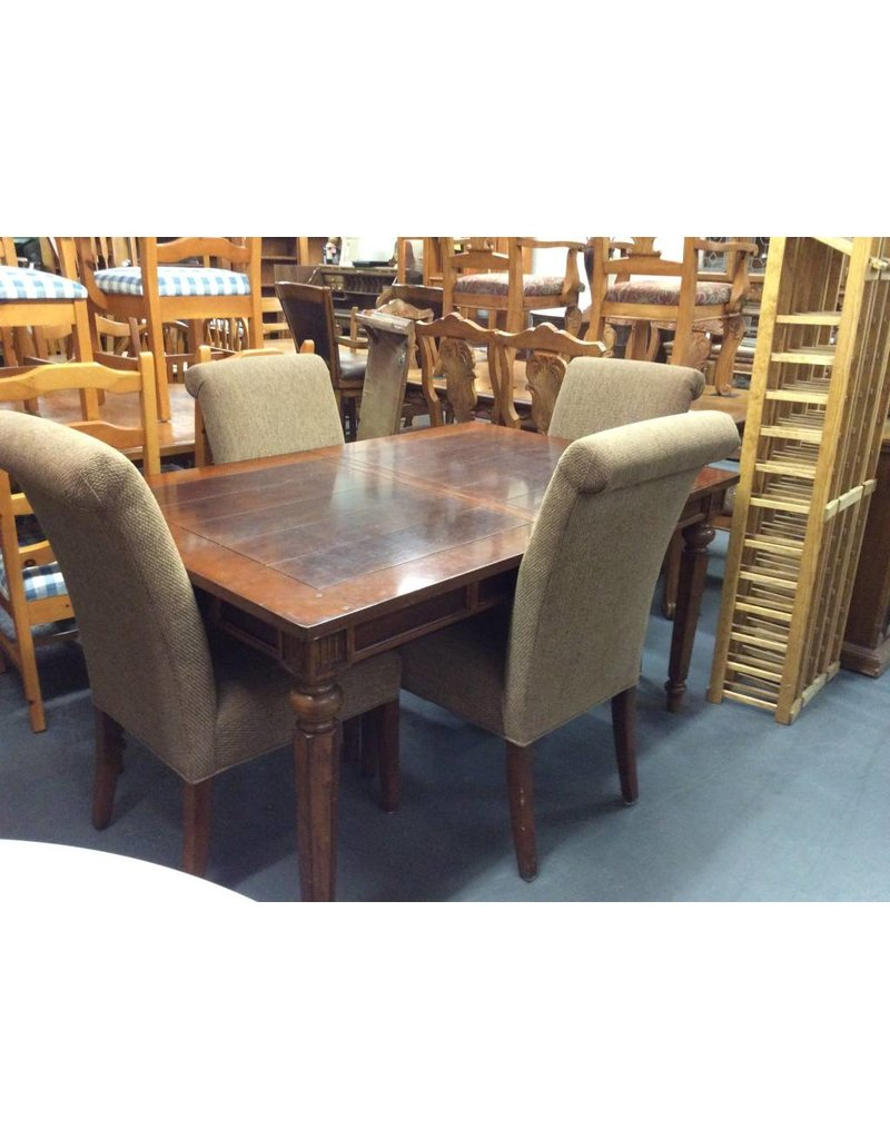 5 piece dinette / cherry padded chairs