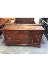 7 drawer dresser / pine