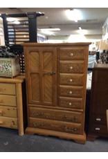 6 drawer, 1 door armoire / pine