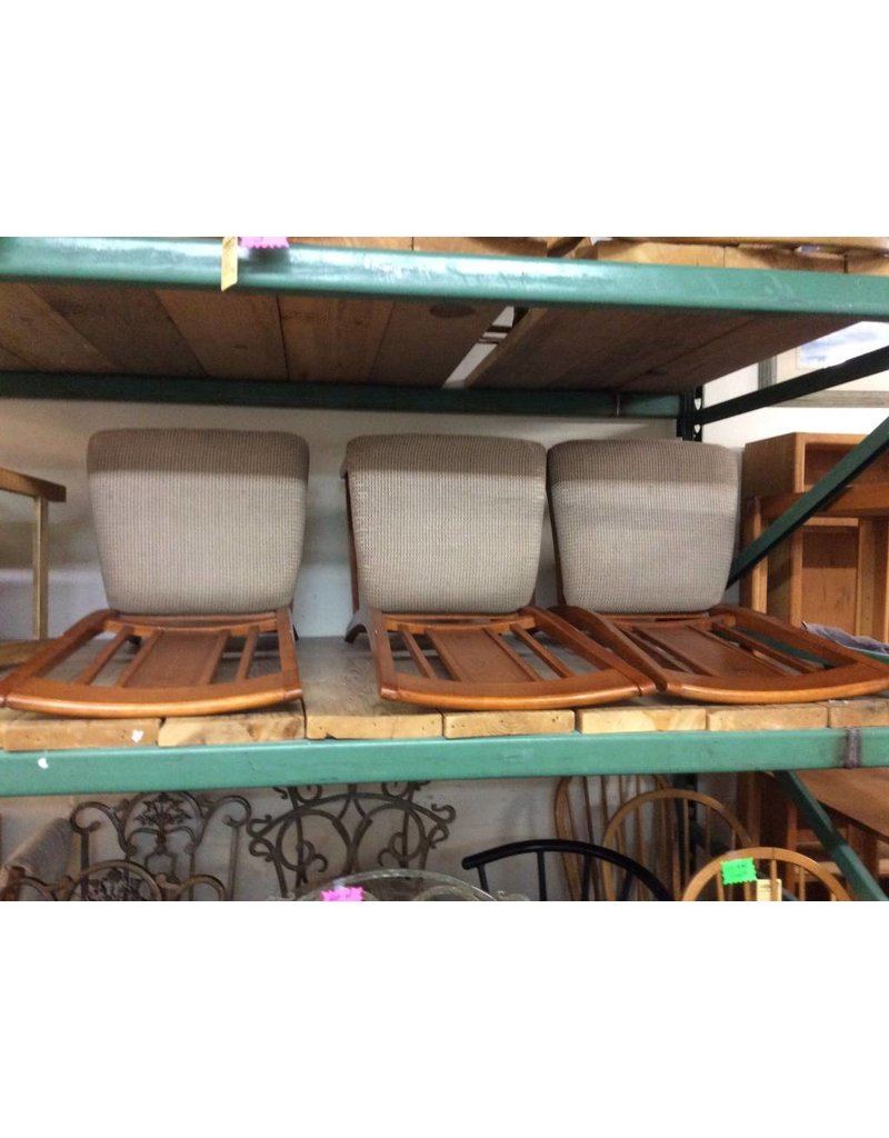 3 chairs / brown padded