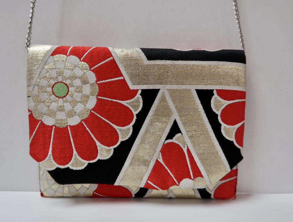 Leina Aonuma BLACK/GOLD/RED FLOWERS: TEA CEREMONY CLUTCH