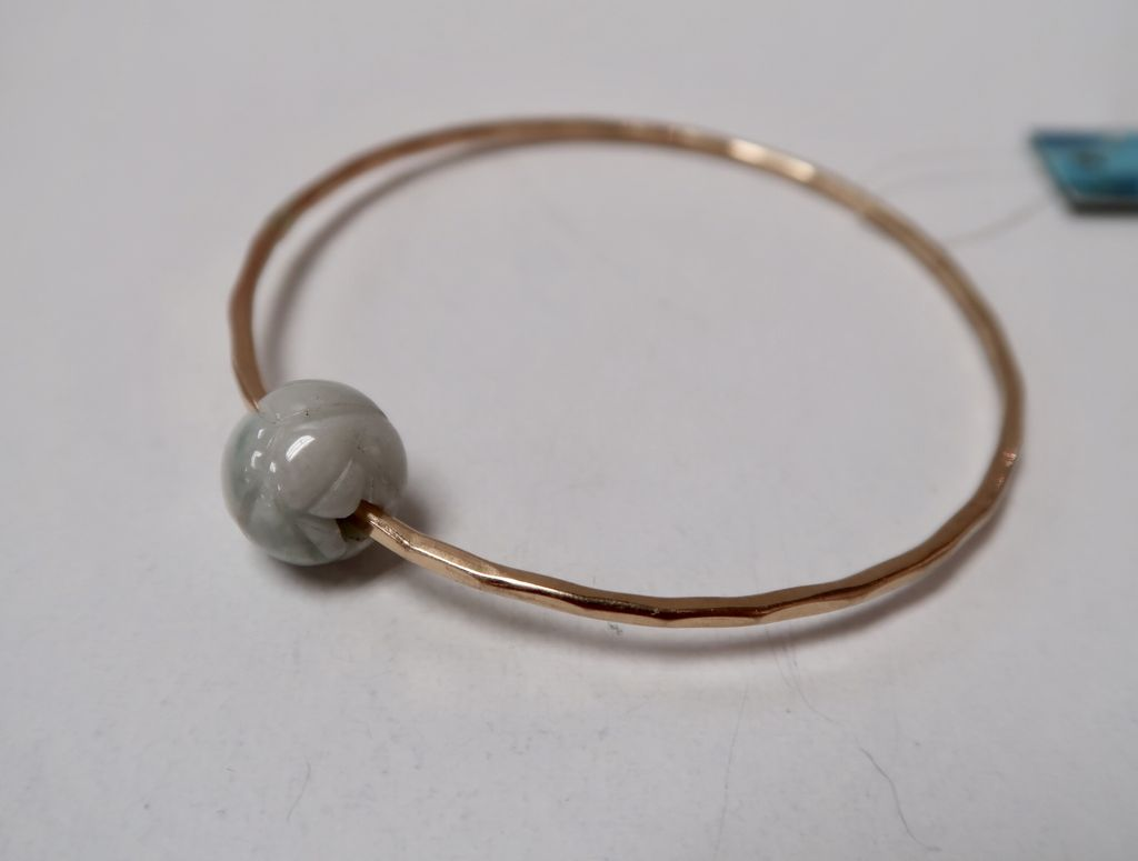 Laanei BANGLE: Gold jade