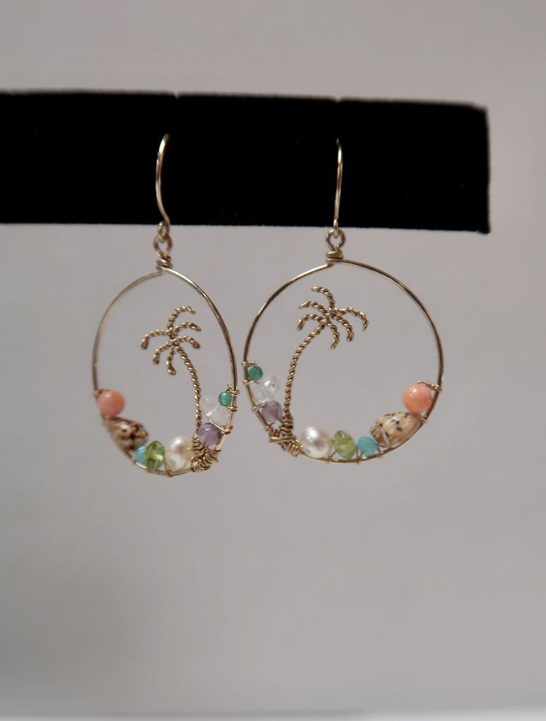 Leinai'a LLC Palm Tree Frame Earrings