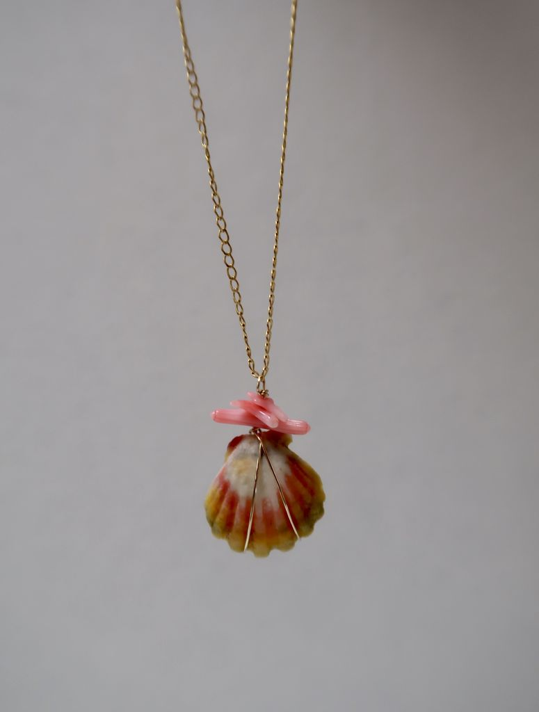 Rose Wong NECKLACE: Gold Fill Sunrise Shell