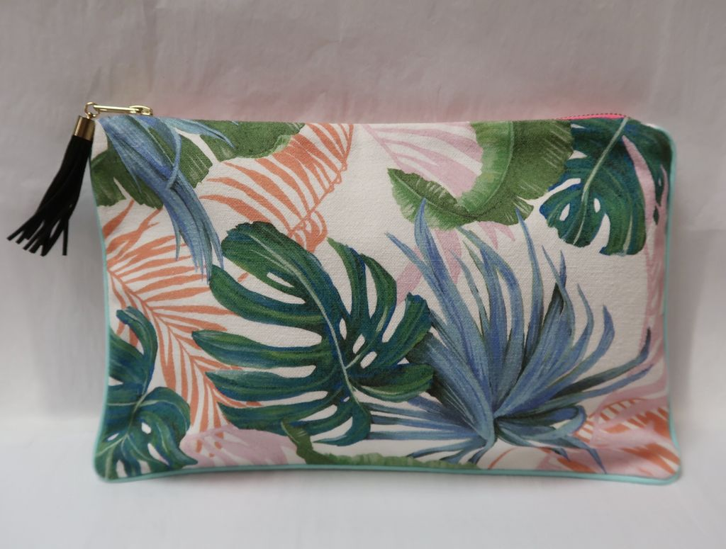 "Lauren Roth OVERSIZE CLUTCH: HAWAII (approx. 8"" x 12"")"
