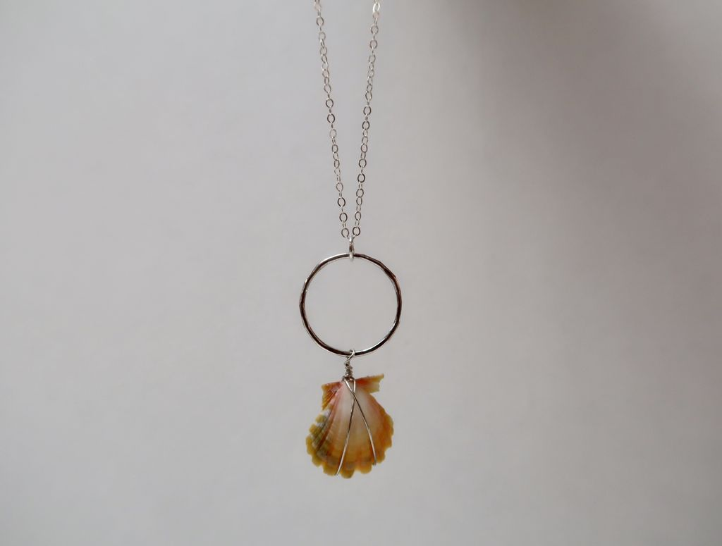 Rose Wong Necklaces-SS Sunrise shell with circle charm