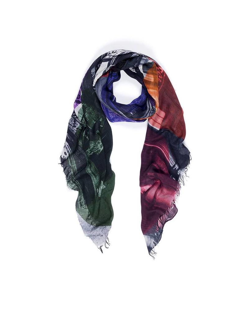 Suzi Rohrer Christina Scarf - Rebel Without A Cause