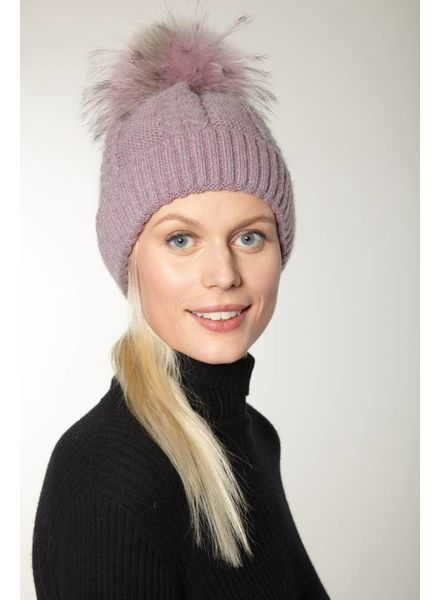 Linda Richards HA 67 Cable Knit Pom Hat
