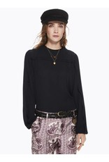 Top with Pleated Detail & Contrast Binding