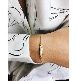 Lauren - Bracelet plaqué or détail de plume
