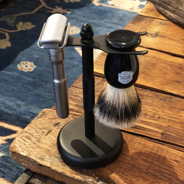 Permabrands Pure Badger Collection Universal Shaving Stand