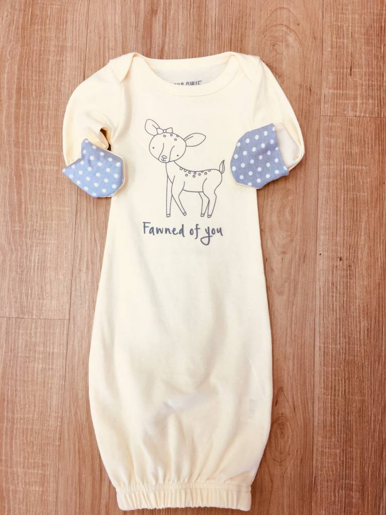 Izzy & Owie Newborn Deer Gown With Mitten Cuff 0-3M