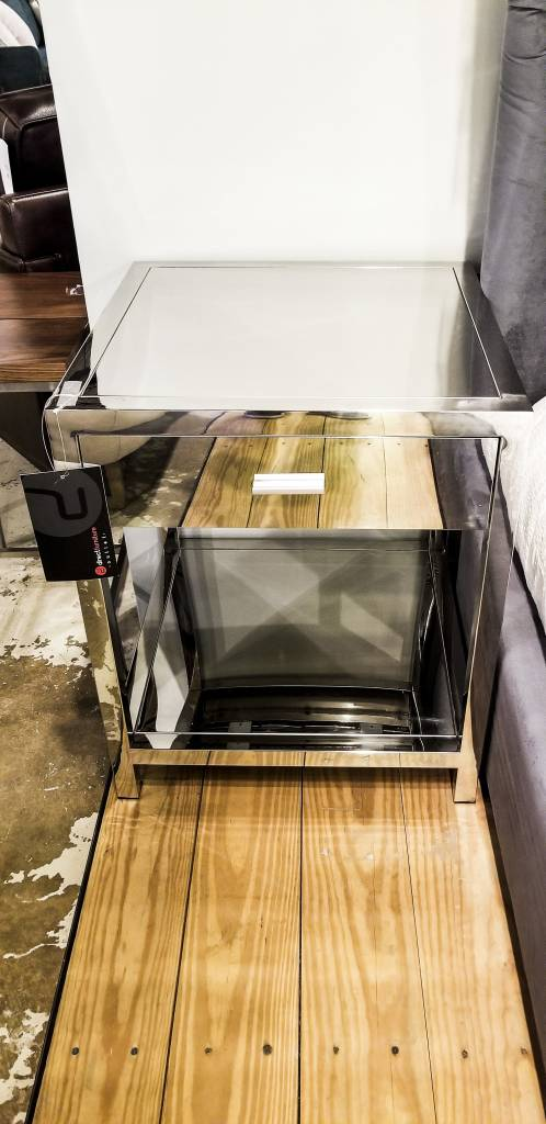 Diamond Sofa Corleo SS 1-Drawer End Table