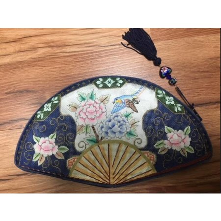 Clutch Purse Fan Shape w/Tassel