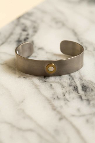 Ileana Makri Ileana Makri Single Opal Cuff - Oxidized w Gold Plating