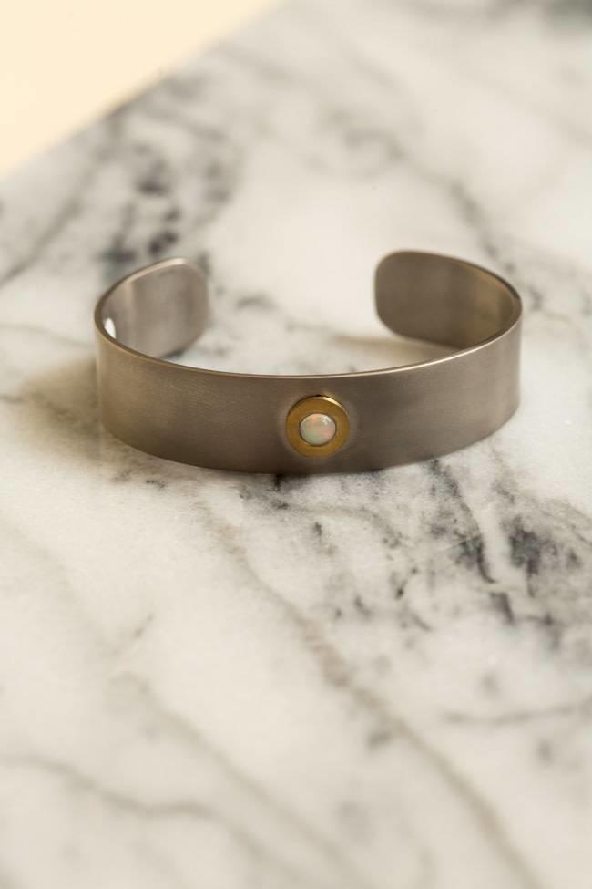 Ileana Makri Ileana Makri Single Opal Cuff - Oxidized w Gold Plating