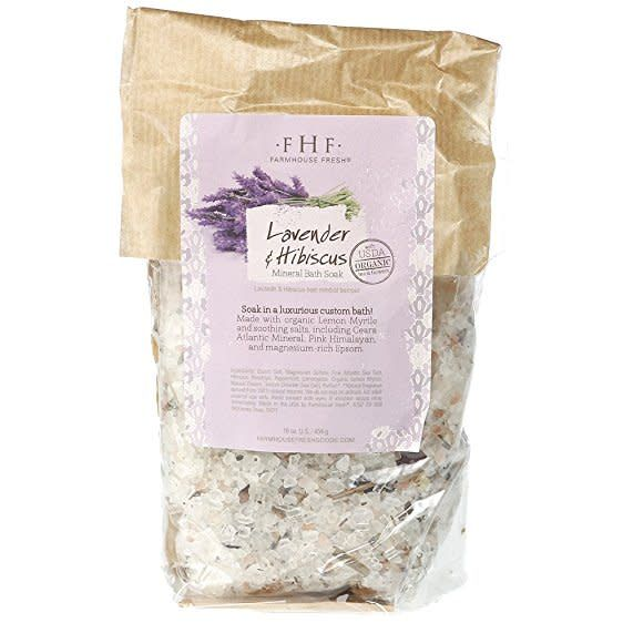Lavender & Hibiscus Mineral Bath Soak
