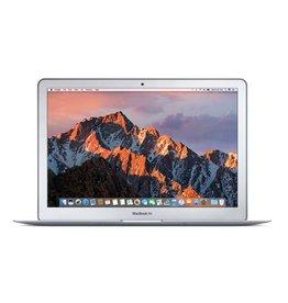 Apple MacBook Air 13-inch: 1.8GHz dual-core Intel Core i5, 256GB