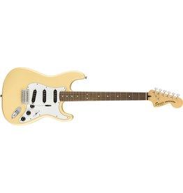 Fender Vintage Mod '70s Stratocaster, Vintage White