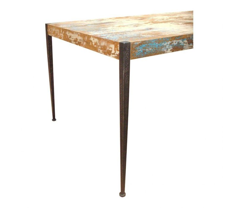 ASTORIA DINING TABLE