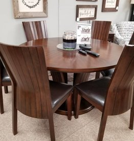Crownmark Daria Table w/ 4 Chairs