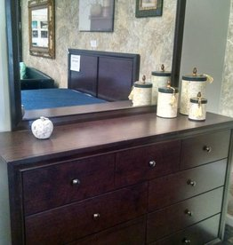 Crownmark Silva Silvia Dresser with Mirror